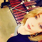 Olivia Martin, percussions