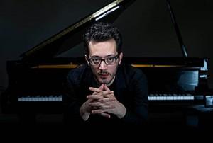 Luc Redor, piano